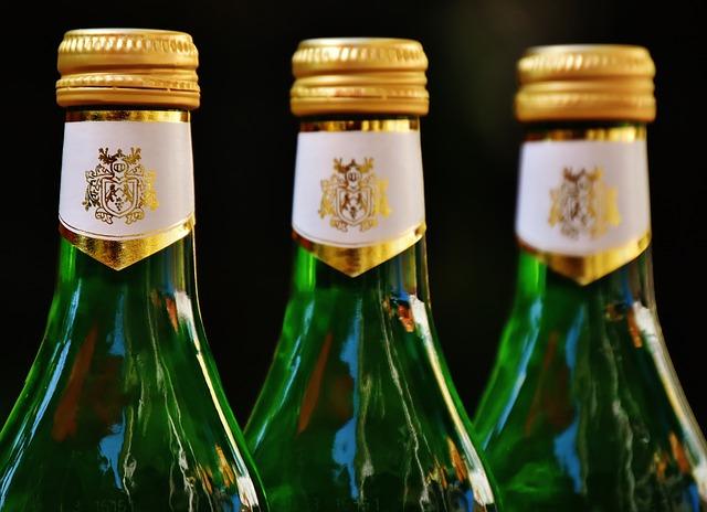 """Etichettatura bevande spiritose: nuova definizione di """"allusione"""""""