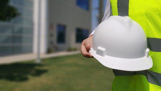 Sicurezza sul lavoro, niente sconti al datore che commette più violazioni